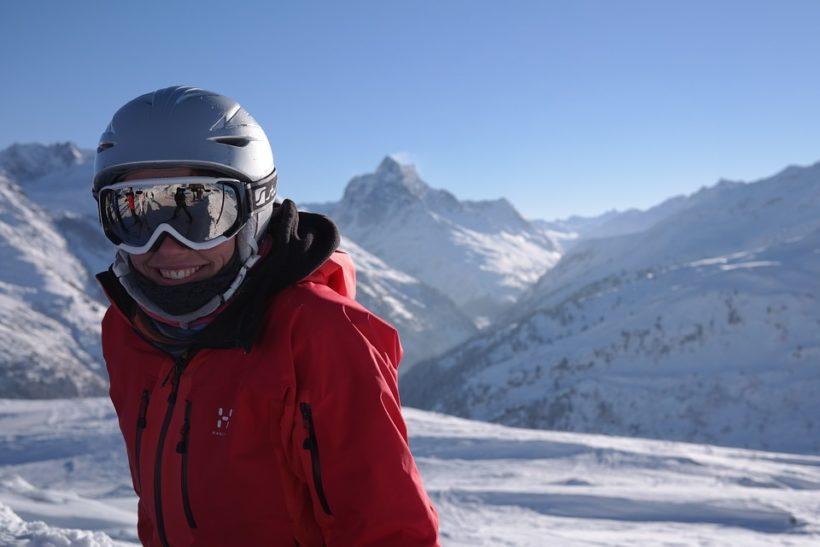 Come scegliere e comprare un buon casco da sci o da snowboard