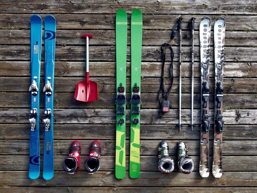 Come scegliere e comprare un paio di sci