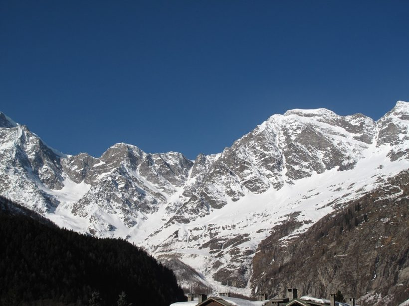 Macugnaga sci estivo, calendario apertura impianti maggio-giugno 2021