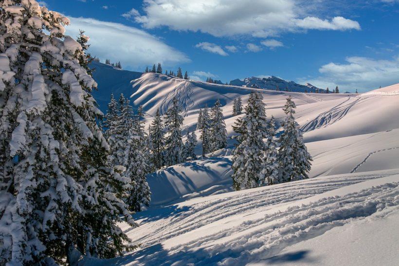 La stagione di montagna 2021-2022 per i turisti e per i maestri dello sci